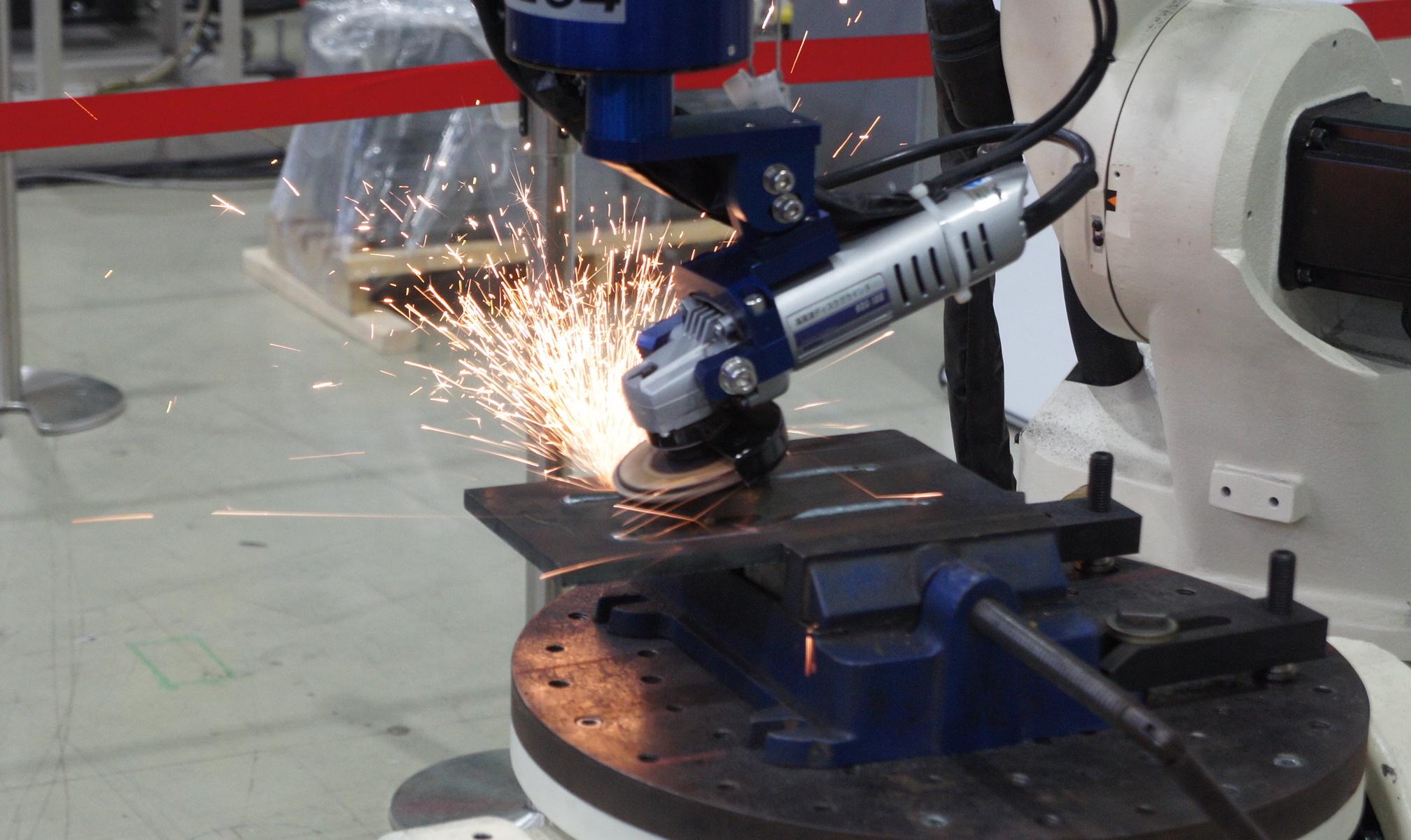 研磨も自動化・ロボット化へ 〜スリーエムが進める研磨工程の効率化〜