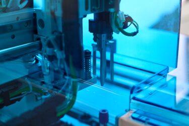 2020年国内機械産業動向 コロナ禍で軒並み減少 半導体製造装置、ロボットは好調維持